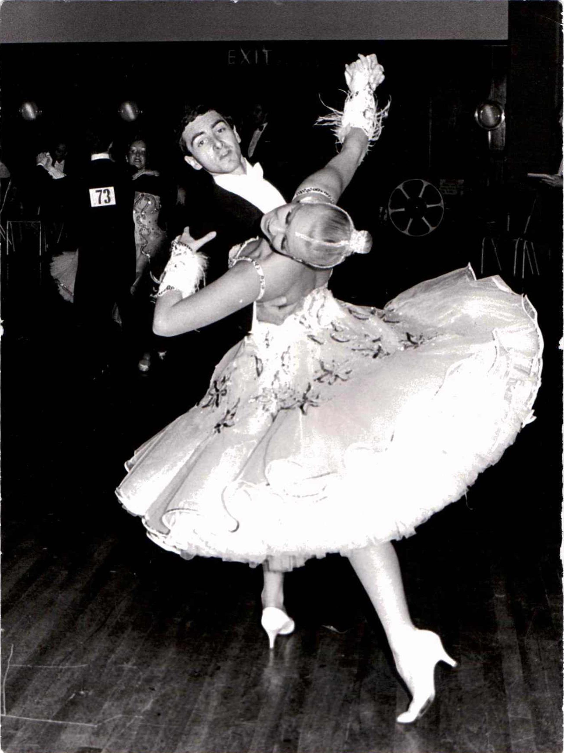 amanda_dancing